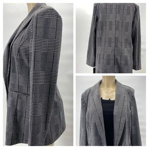 Bagatelle Collection Houndstooth Open  Blazer